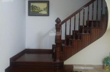 Cho thuê nhà ngõ 83 Trần Duy Hưng 70m2 x 5 tầng