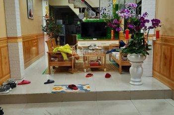 Bán nhà 2,5 tầng trong ngõ Đình Đông giá đẹp nhất Hải Phòng