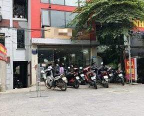 Cho thuê nhà MP Phạm Văn Đồng diện tích 150m2, 4 tầng, MT 6m thông sàn giá 55tr/th. LH 0822288811