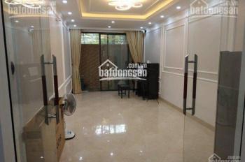 Cho thuê nhà phân lô mới Trần Xuân Soạn, gần Lò Đúc, nhà xây 26m2 * 6T, ô tô đỗ cửa thoải mái