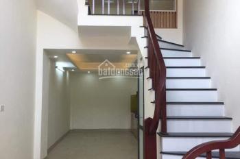 Bán nhà Kim Giang, Thanh Liệt, 41m2 * 5 tầng, cách cầu dậu 150m, ô tô đỗ cửa, 0977998121