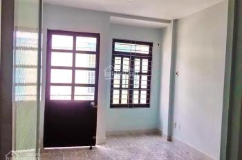 Nhà nhỏ - giá cực hot - giá tốt cho khách còn trong 4 ngày nữa - nhà hẻm 1041 Trần Xuân Soạn