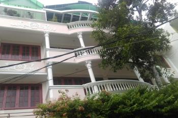 Bán gấp biệt thự Trần Hữu Trang, P10, PN, DT 232m2 đất, 3 lầu, giá 30 tỷ