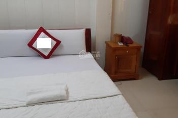 Cho thuê nhà trệt, lửng, 4 lầu Phan Xích Long, Phú Nhuận, Hồ Chí Minh. Tiện kinh doanh khách sạn