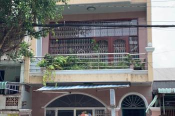 Bán nhà mặt tiền 2 căn thông nhau ngay trung tâm thành phố, LH: 0939000025