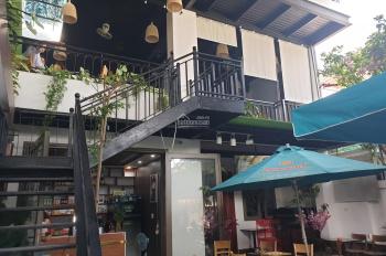 Bán quán cafe đường Đồng Kè,ngang 10m,dài 25m,quán vip cho sinh viên và công nhân viên chức,thoáng