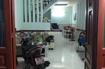 Nhà 1 trệt 1 lầu Bửu Hoà, Biên Hòa, sổ hồng riêng, hẻm xe hơi vào tận nhà, LH: 0935.157.686