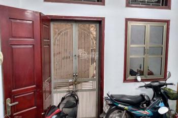 Bán nhà DT 40m2 * 4T tại phố Lương Định Của, Phương Mai, Q. Đống Đa, 4 phòng ngủ, giá 4,1 tỷ