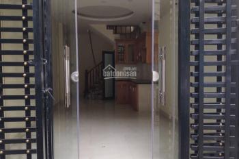 Em bán gấp nhà tại Phú Lãm 5 tầng - 33m2, cách QL21B 70m ô tô lùi gần cửa, gửi cạnh nhà. 0337877889