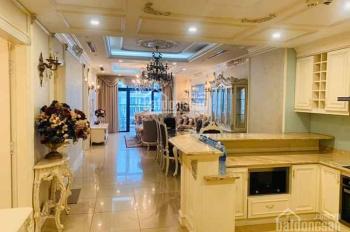 Cần tiền bán gấp, căn góc 145m2 - 3PN - tầng 25 CC cao cấp Royal City, giá 4.8 tỷ, LHTT: 0868667568