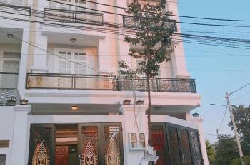 Cần cho thuê gấp nhà đẹp đường Nguyễn Văn Trỗi, Q.PN, DT: 6x20, trệt, 3 lầu, giá: 33 triệu/th