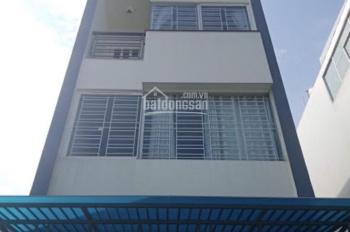 Cần cho thuê gấp nhà đẹp đường Trần Quang Diệu, Q. 3, DT: 5x20m, trệt, 3 lầu, giá: 21 triệu/tháng