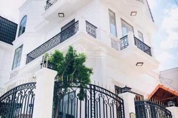 Cần cho thuê gấp nhà đẹp đường Sư Vạn Hạnh (ND), DT: 8x20m, trệt, 2 lầu, giá: 30 triệu/th