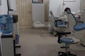 Cho thuê tầng 1 làm văn phòng mặt phố Trung Liệt Q. Đống Đa DT 40m2, MT 6m 9tr/th