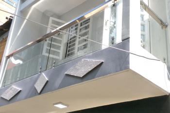 Nợ NH, bán gấp nhà 5.4x14m đường Hoà Hảo, P.4, Q.10, giá: 9.6 tỷ (TL)