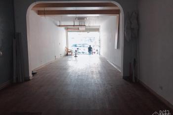 Cho thuê nhà mặt phố Thợ Nhuộm, DT 35m2 x 3,5 tầng, MT 3m nhà đẹp, hot
