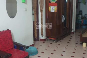 Chính chủ bán gấp nhà tập thể tầng 2 phố Lãng Yên, hành lang rộng giá chỉ 1,38 tỷ, LH 0903407728