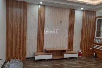 Bán nhà thang máy: Nguyễn Chí Thanh, Đê La Thành, 55m2x5 tầng, mặt tiền 5m, giá 5.2 tỷ