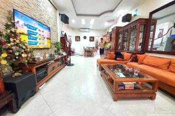 Nhà đẹp - Góc - Để lại nội thất -100m ra hồ Thanh Nhàn 74m x4T 3.4 tỷ