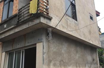 Gia đình cần bán căn nhà 2 tầng tại KTD Giầy Da Yên SĐCC