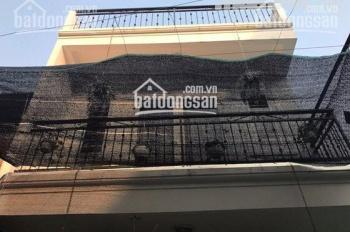 Cho thuê nhà riêng phố Hồng Hà đoạn gần Bác Cổ 60m2 x 2.5 tầng, giá 9tr/th