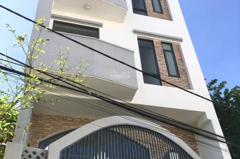 Bán nhà 5 tầng, giá 6,8 tỷ, Nguyễn Thị Định rẽ vào 30m, quận 2. LH: 0936666466