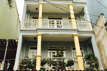 Cho thuê nhà nguyên căn Lý Thường Kiệt giáp ranh Quận 10. DT - 4,2x20 - 6 lầu giá 60 triệu/tháng