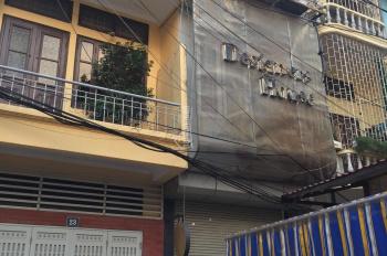 Chính chủ cho thuê nhà 30m2x4 tầng trong ngõ 128C Đại La, cách mặt đường 10m, tiện kinh doanh, 15tr