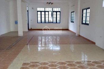 Cho thuê 2 căn nhà mặt tiền cực đẹp đường Thái Phiên trong lõi trung tâm Quận Hải Châu, giá rẻ