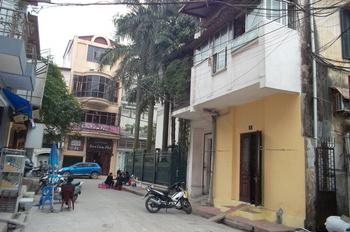 Cho thuê nhà Ngõ Huế 70m2, nhà 4 tầng, giá 28tr/th