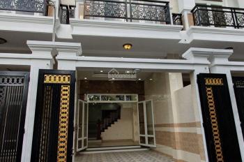 Giảm mạnh 500 triệu nhà phố 2 lầu sát chợ Thủ Đức, sân ô tô, khu dân trí cao đường Số 11, Hồ Văn Tư