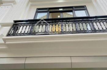 Mặt phố Trần Khát Chân, Hai Bà Trưng, lô góc, kinh doanh đỉnh 5 tầng, giá 12 tỷ, 0355823198