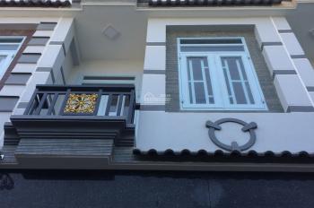 Nhà phố mới xây 100%, trệt, 2 lầu, sân thượng cách MT Phạm Văn Chí 20m gần UBND Q6