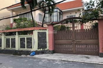 Bán biệt thự đường XVNT P27 Bình Thạnh, DT 19x20, trệt 2 lầu sân vườn đẹp giá 38 giảm còn 36 tỷ