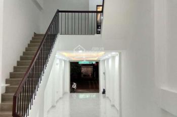 Cho thuê MT 252 Cao Thắng nối dài, P12, Q10, đối diện The coffeehouse