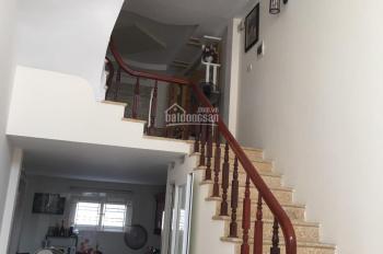 Chính chủ bán nhà Thanh Liệt, 38m2 x 5T, gần công viên Chu Văn An ô tô vào nhà, LH: 0982360014