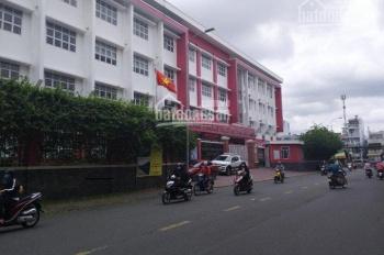 Bán nhà hẻm 12m đường Lê Hồng Phong, P12, Q10, DT: 12mx20m, DTCN: 210m2, nhà cấp 4 tiện xây mới