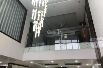 Bán căn duplex sân vườn siêu sang New Skyline Văn Quán 336m2 giá ngoại giao 7.1 tỷ. LH 0948153820
