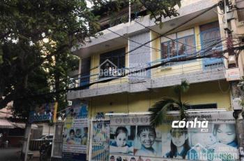 Cho thuê nhà đường Cách Mạng Tháng Tám, Tân Bình. Nhà 10x20m, 2 lầu tiện làm trường mầm non, VPCT