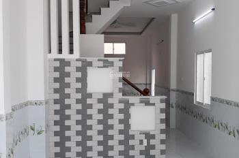 Bán nhà nguyên căn sổ hồng riêng 150m2, 1 trệt 2 lầu, ST, giá 3.55 tỷ. LH 0902687812