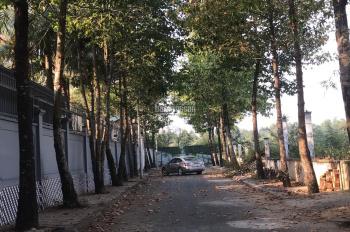 Cần bán biệt thự nhà vườn 10.000m2 ngay khu du lịch Long Phước Q9. Liên hệ: 0908913423