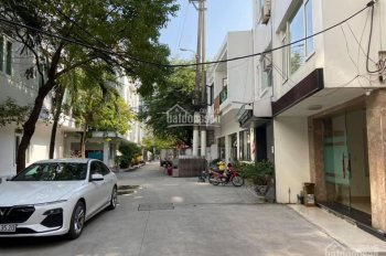 Bán căn homestay 5 tầng tại phố Văn Cao, đang cho người Hàn thuê