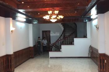 Bán gấp MT Hà Huy Tập gần biển nhà kiên cố 4.5 tầng. LH chính chủ: 0908426222