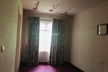 Cho thuê nhà Ngõ 61 Lạc Trung, Hai Bà Trưng DT 80m2 x 4T, giá 20tr/th, LH: 0989365988