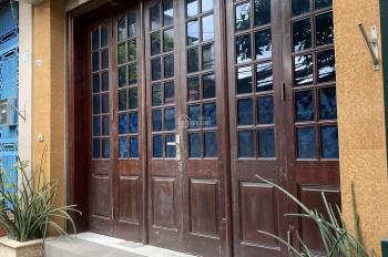 Chính chủ cho thuê nhà tại ngõ 120 Trần Cung