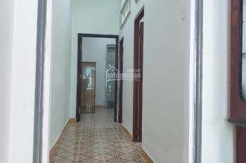 Cho thuê nhà nguyên căn 2PN hẻm Trần Xuân Soạn, giá 7tr/tháng quận 7