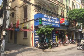 Cho thuê nhà MP Nguyễn Tuân, DT 60m2*3 tầng, MT 4,5m, giá 40 tr/th