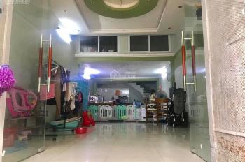 Cho thuê nhà Văn Phú, Hà Đông 48m2, C4 gác xép, 2 ngủ, điều hòa, đường 12m giá 4.5 tr/th 0987413558