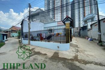Bán căn nhà cấp 4, 225m2 mới xây góc 2 mặt tiền đường 4m gần ngã 3 Tân Vạn - 0976711267