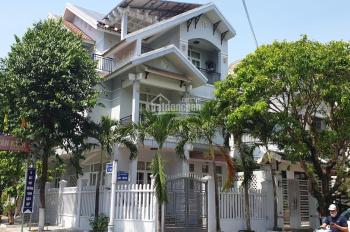 Chính chủ cho thuê biệt thự tại 231 Hàn Thuyên, trung tâm quận Hải Châu, 5 PN, Có gara xe